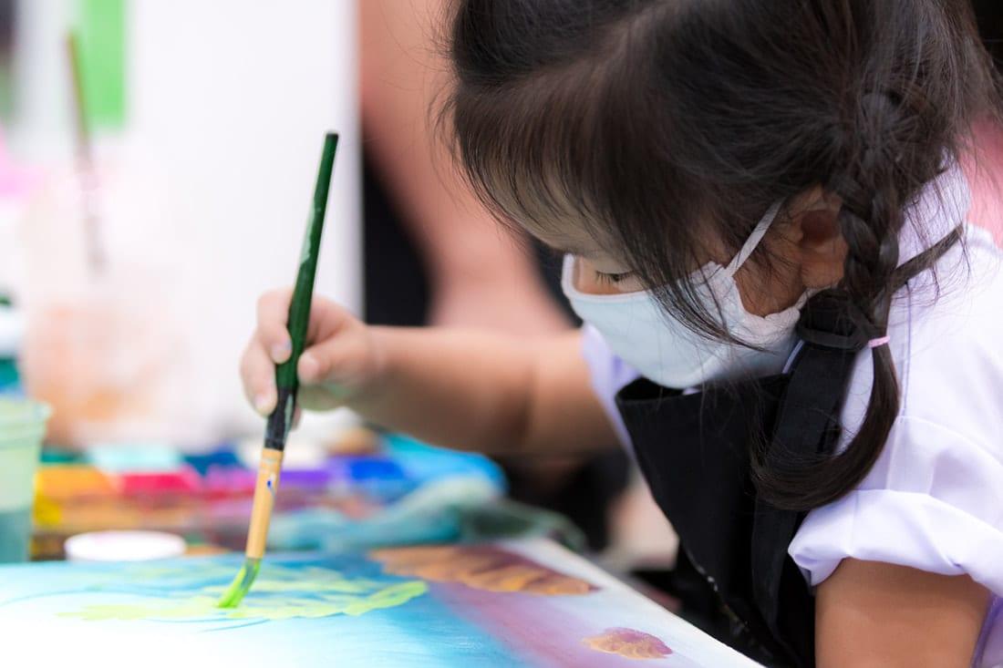 5 Ways to Help Your Kindergarten Student Feel Comfortable Wearing Masks
