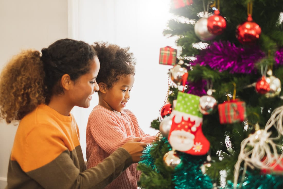 Parenting Tips For Maintaining A Joyful Home This Holiday Season