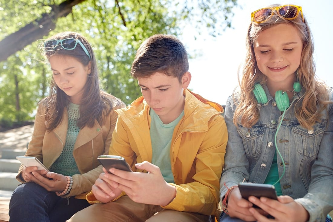 Should Teens Have Access to Smart Devices?