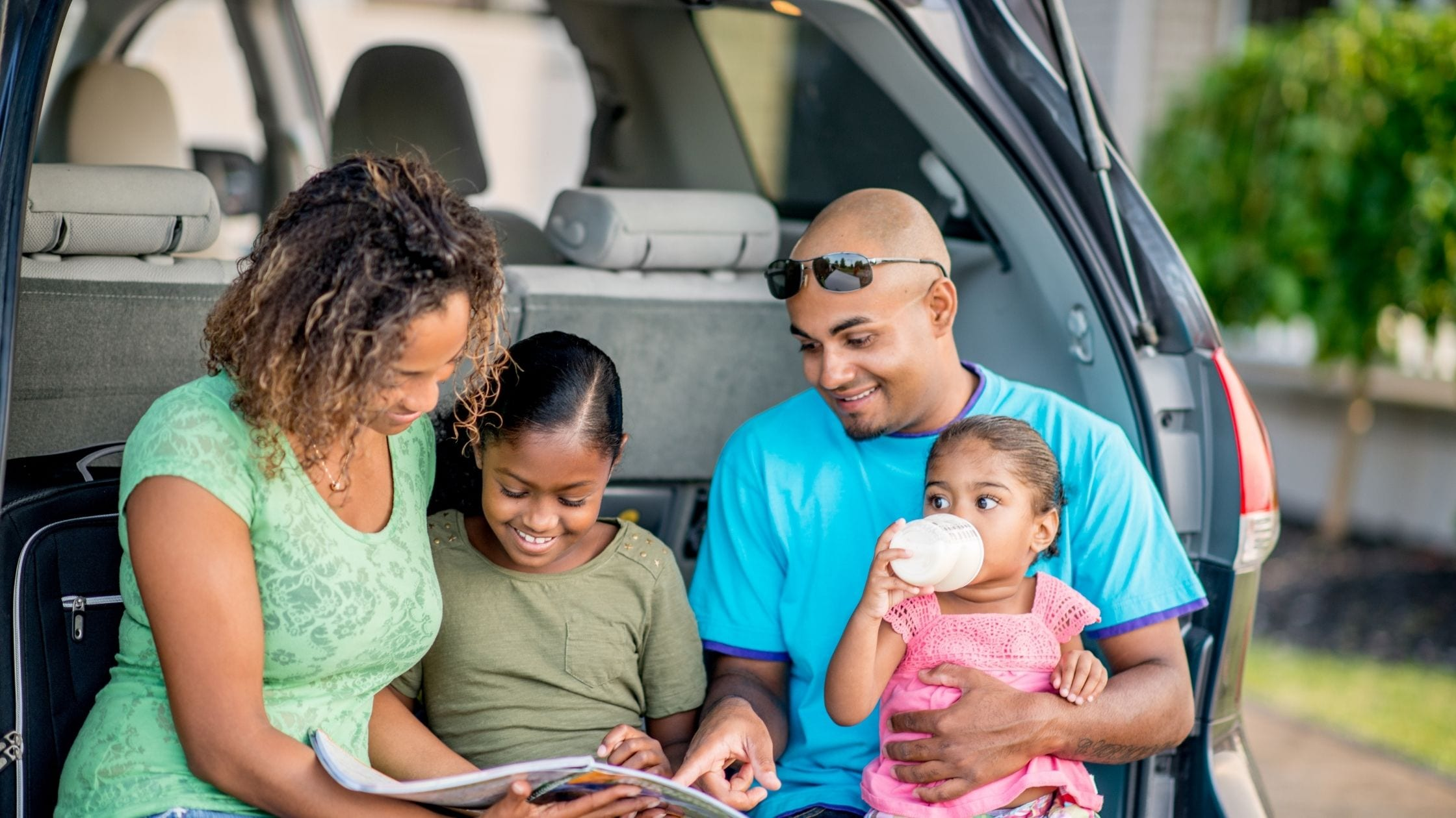 5 Parenting Tips for a Stress-Free Summer Road Trip